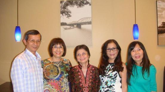 MN - Với các bạn ở Quán Huế ơi-Cali thang'10-2014