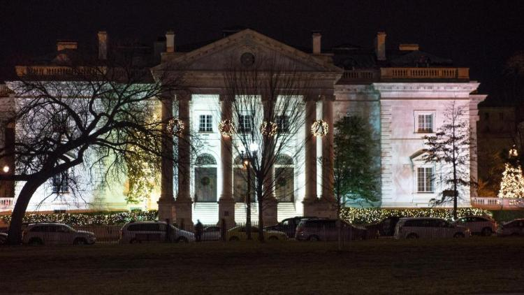 The White House (Front), Wash., DC - Photo: Hoàng Trọng
